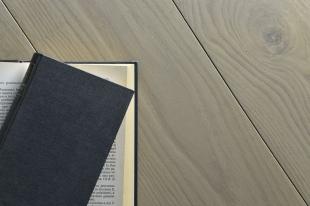 basic olio grigio bianco libro 2